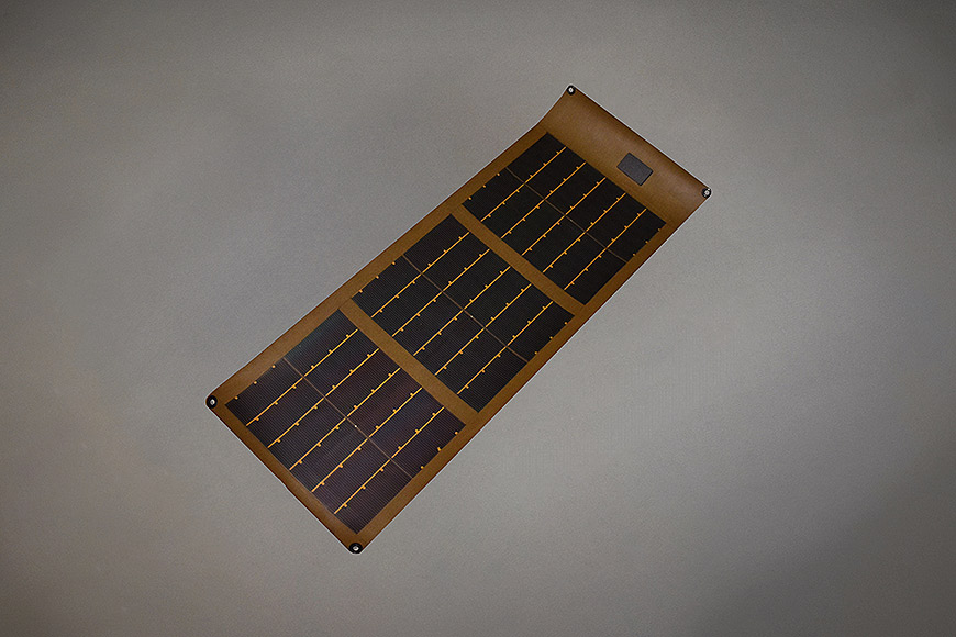 W Rollable Solar Panel Deployed Pn on Military Solar Battery Charger